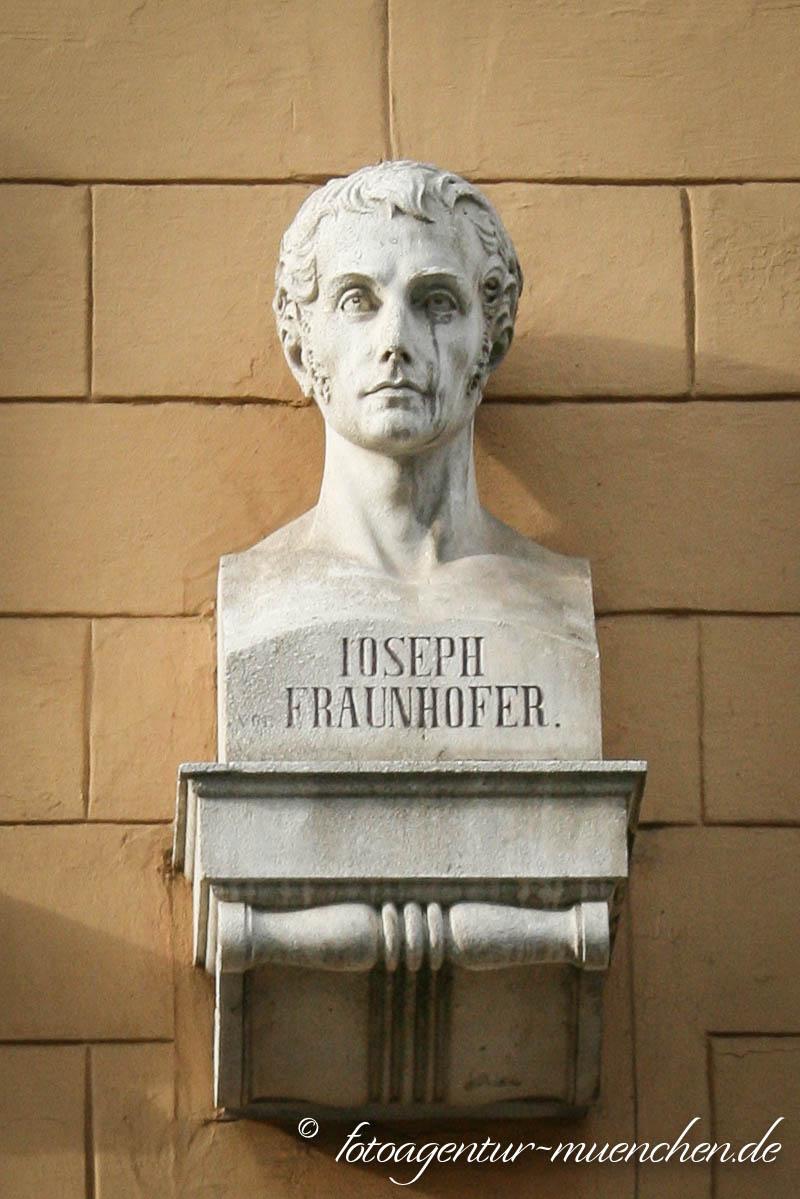 Büste - Joseph Frauenhofer