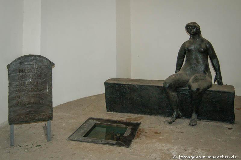 Heinrich-Heine-Brunnen