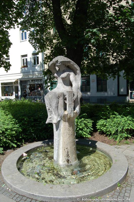 Wedekind-Brunnen