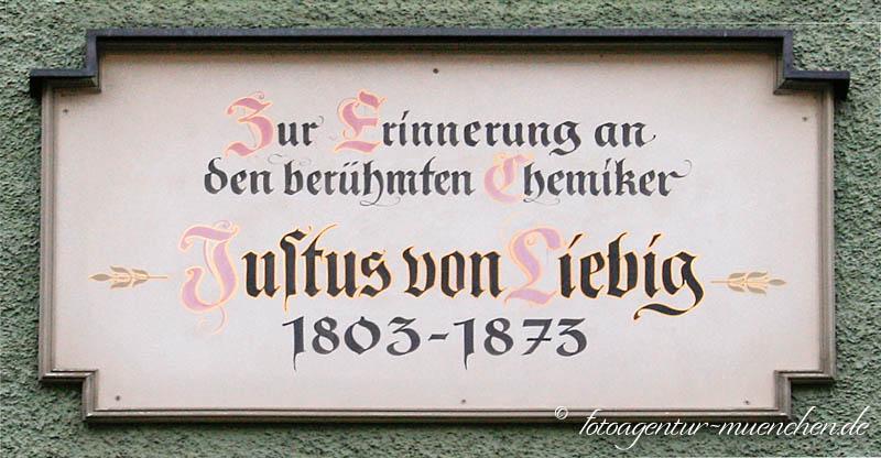 Gedenktafel - Justus von Liebig