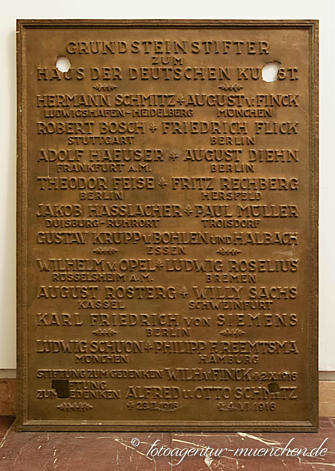 Grundsteinstifter zum Haus der Deutschen Kunst