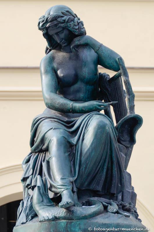 Loreley-Brunnen, Nymphenbrunnen
