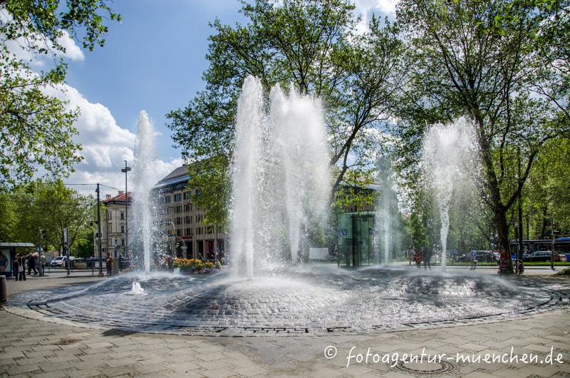 Brunnen am Sendlinger-Tor-Platz