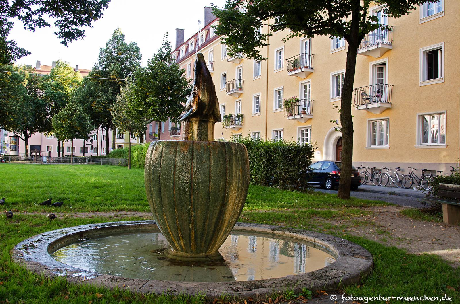 Seehundbrunnen von Emil Manz