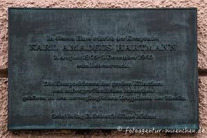 - Gedenktafel für Karl Amadeus Hartmann