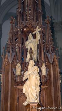 Heilig-Kreuz-Kirche - Knazel