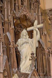 Heilig-Kreuz-Kirche - Hl. Helena