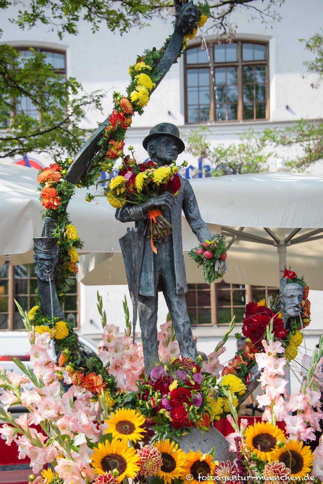 Karl-Valentin-Brunnen