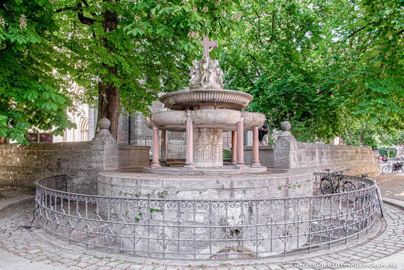 St.-Anna-Brunnen
