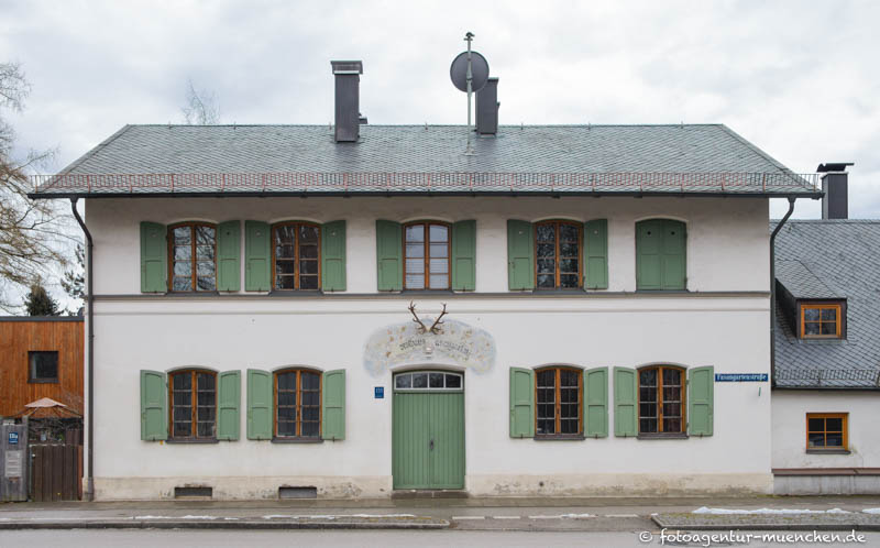title=Forsthaus Fasangarten - Fasangartenstraße  -