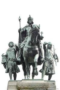 - Reiterstandbild - Ludwig der Bayer